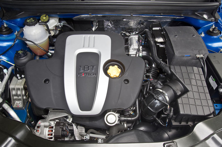 1.8-litre MG6 petrol engine