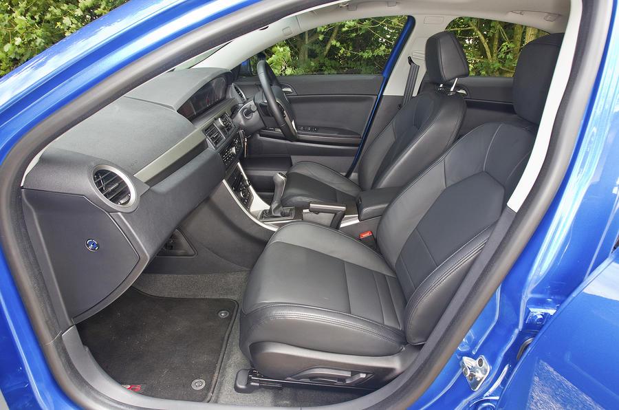MG6 Magnette TSE interior