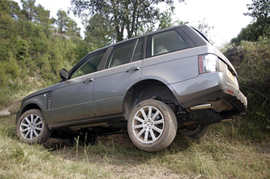 Range Rover tough off-roading