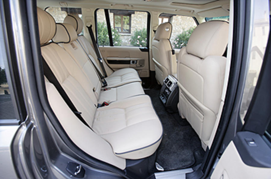 Range Rover rear seats