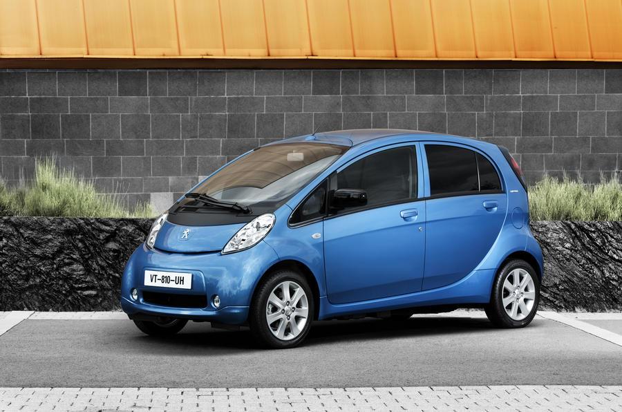 Peugeot iOn front quarter