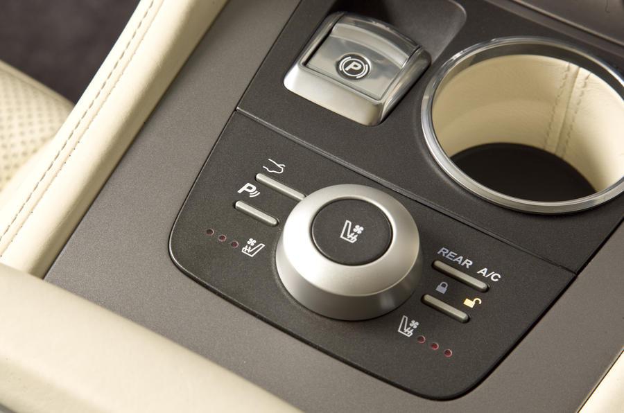 Aston Martin Rapide seating ventilation controls