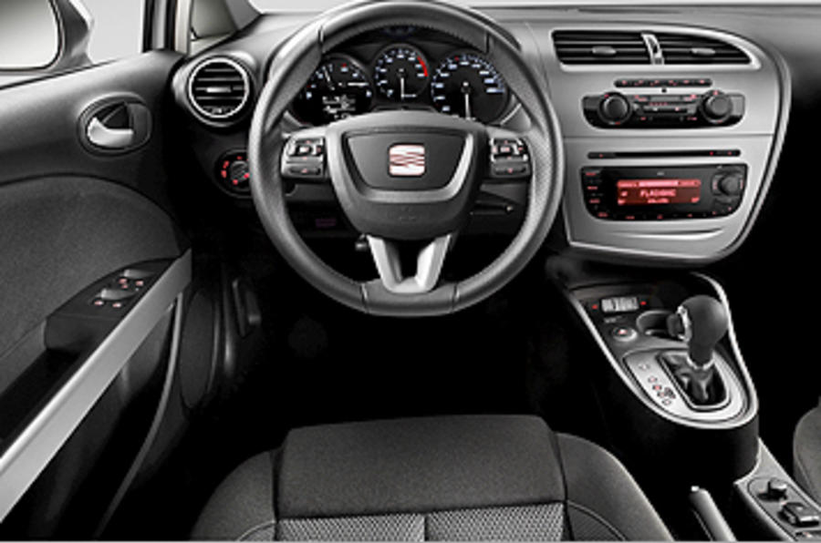 seat leon 2 0 tdi fr review autocar. Black Bedroom Furniture Sets. Home Design Ideas