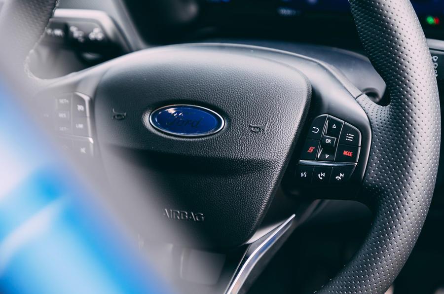 15 Ford Puma ST 2021 : essai routier du volant