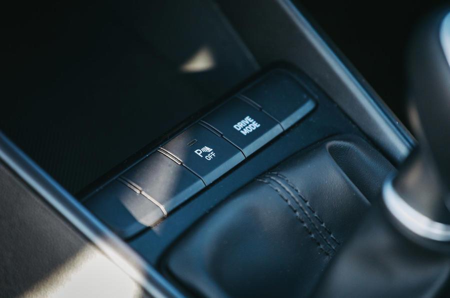 15 Hyundai i20 2021 test routier examen mode de conduite