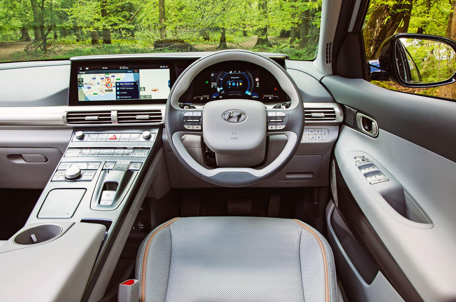 Hyundai Nexo 2019 road test review - dashboard