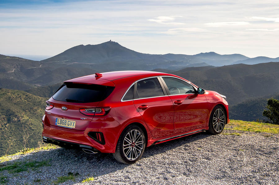 Kia Ceed GT 2019 road test review - static rear