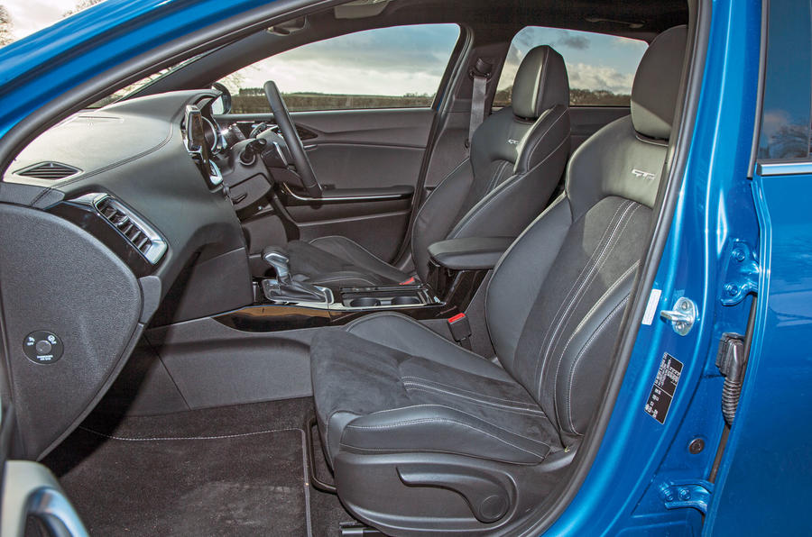 Kia Proceed GT-Line 2019 road test review - cabin