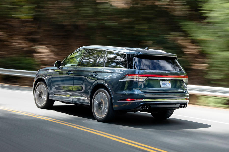 Lincoln Aviator 2020 road test review - cornering rear