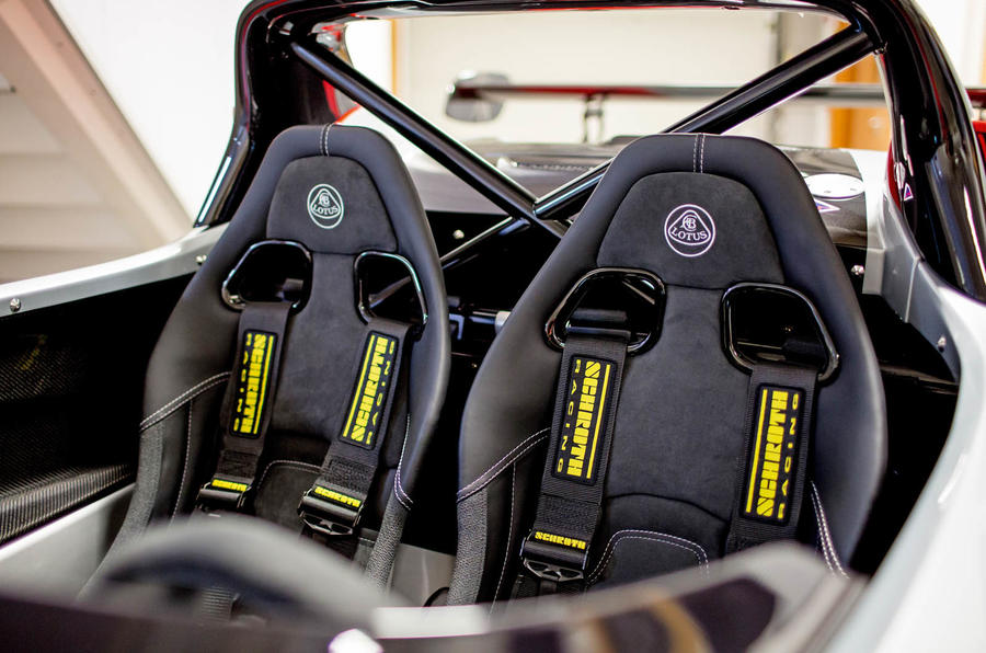 Lotus 3-Eleven 430 review seats