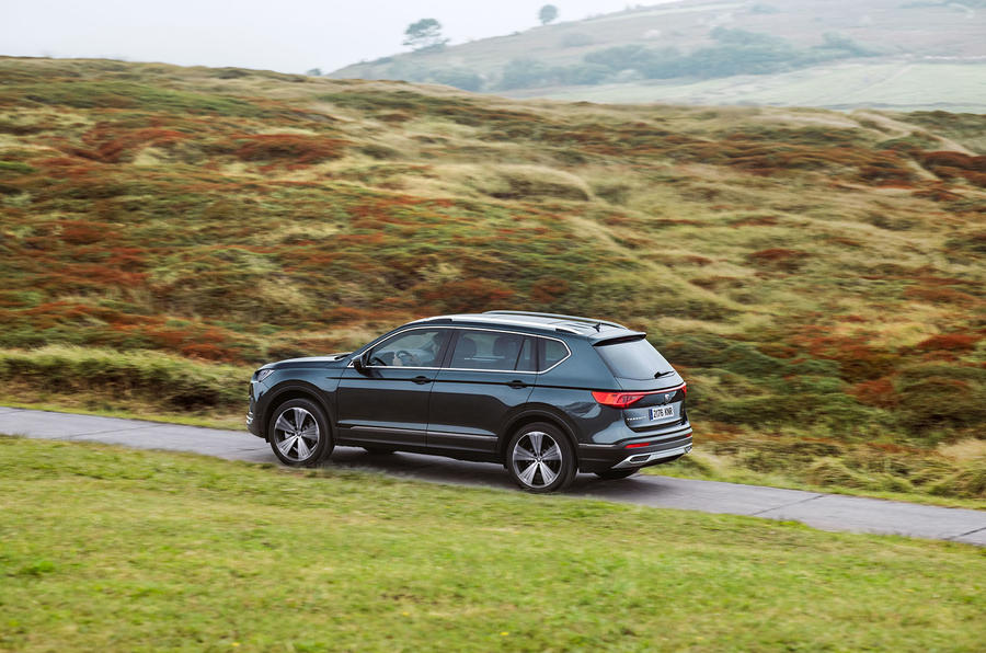 Seat Tarraco 2018 review - on the road side