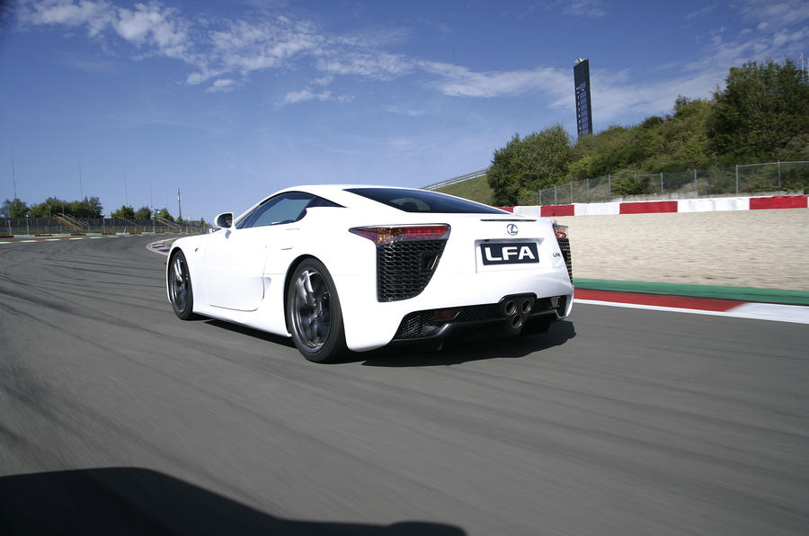 Lexus LFA rear end