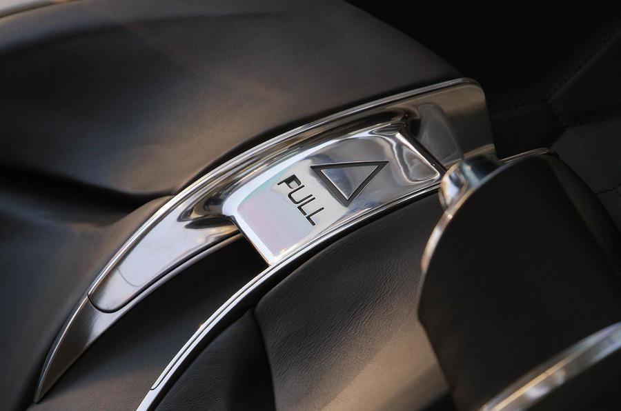 Jaguar C-X75 switchgear