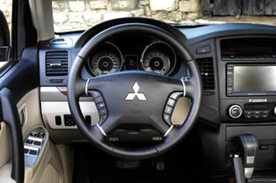 Mitsubishi Shogun 3.2 Di-D Elegance