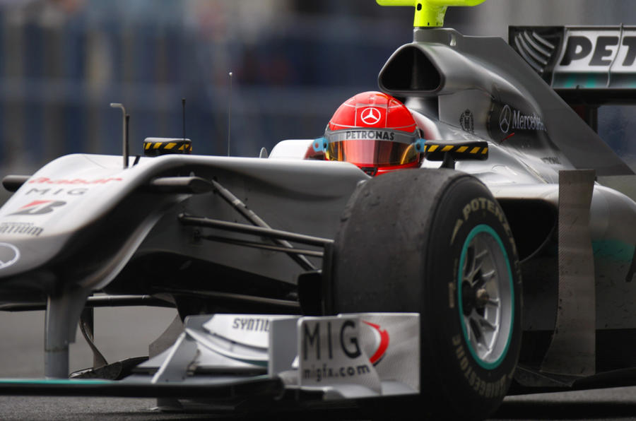 Hamilton ends F1 test fastest