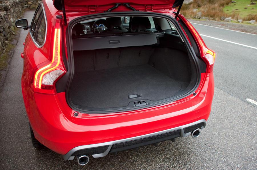 Volvo V60 T5 R-Design boot space