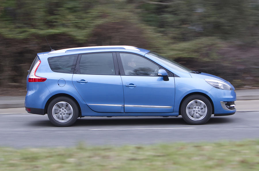 Renault Grand Scenic side profile