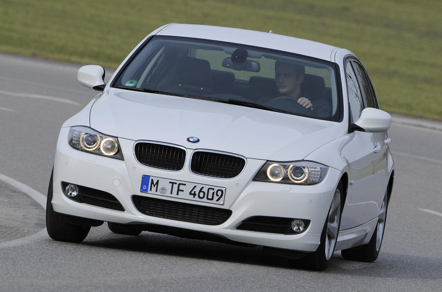 BMW 320d Efficient Dynamics cornering