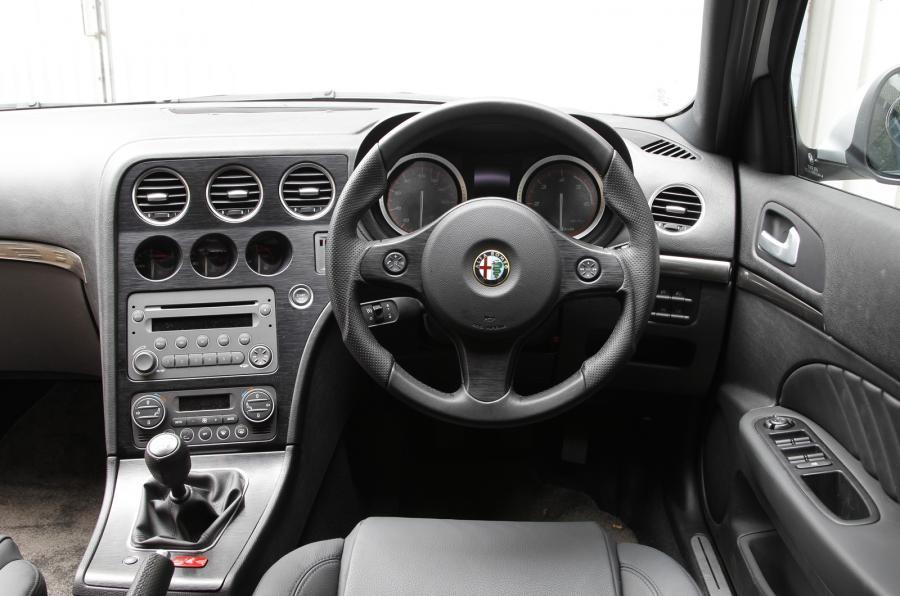 Alfa Romeo 159's dashboard