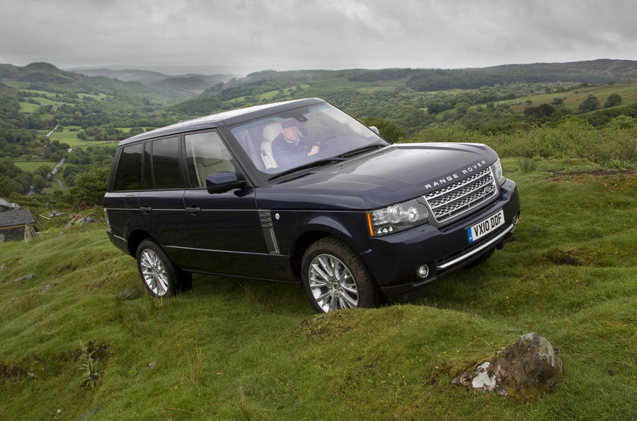 Range Rover Vs Land Rover >> Range Rover: old vs new video | Autocar