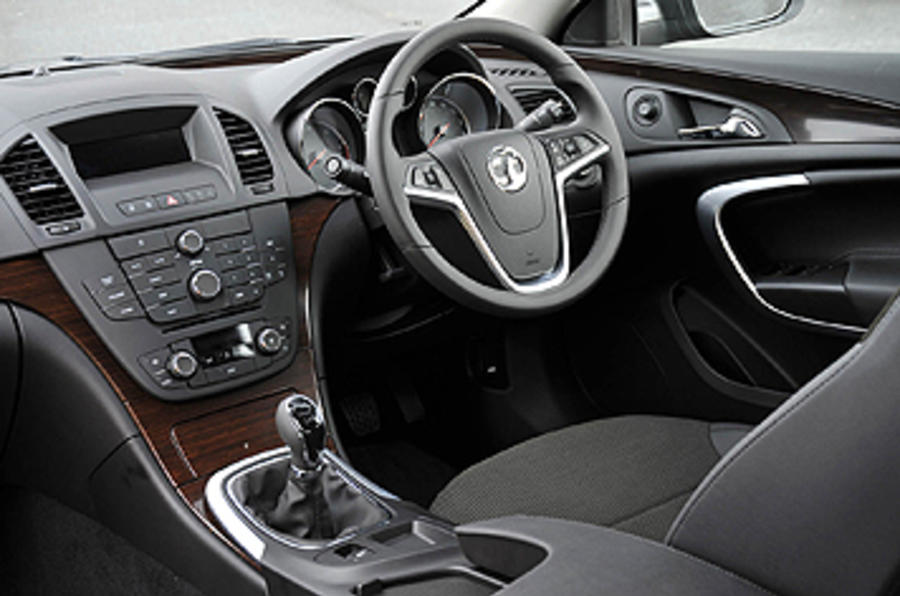 vauxhall insignia ecoflex se review autocar. Black Bedroom Furniture Sets. Home Design Ideas