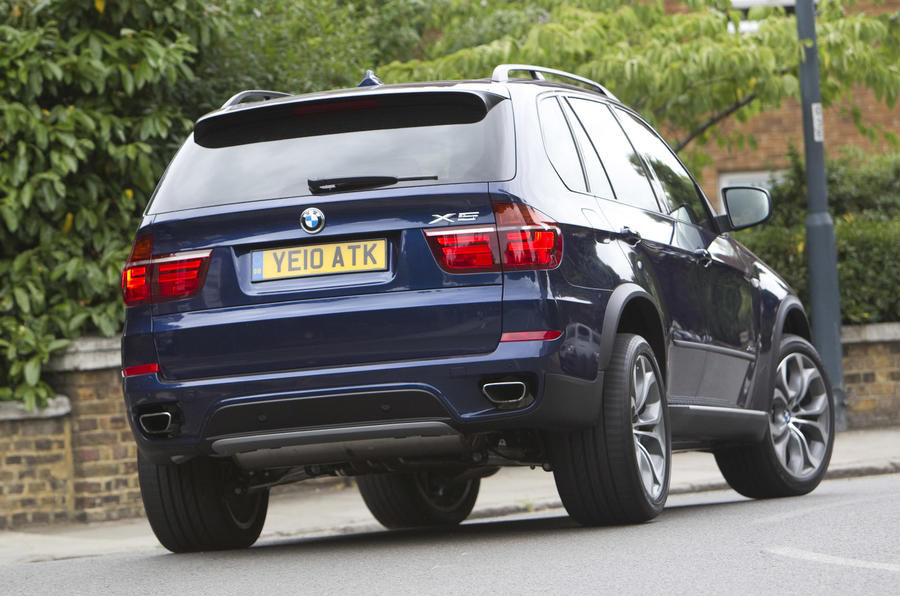 BMW X5 xDrive50i SE rear