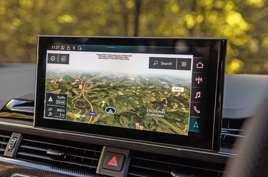 Audi S4 TDI 2019 road test review - infotainment