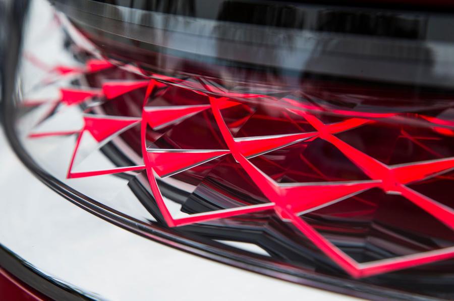 DS 7 Crossback 2018 road test review rear light details