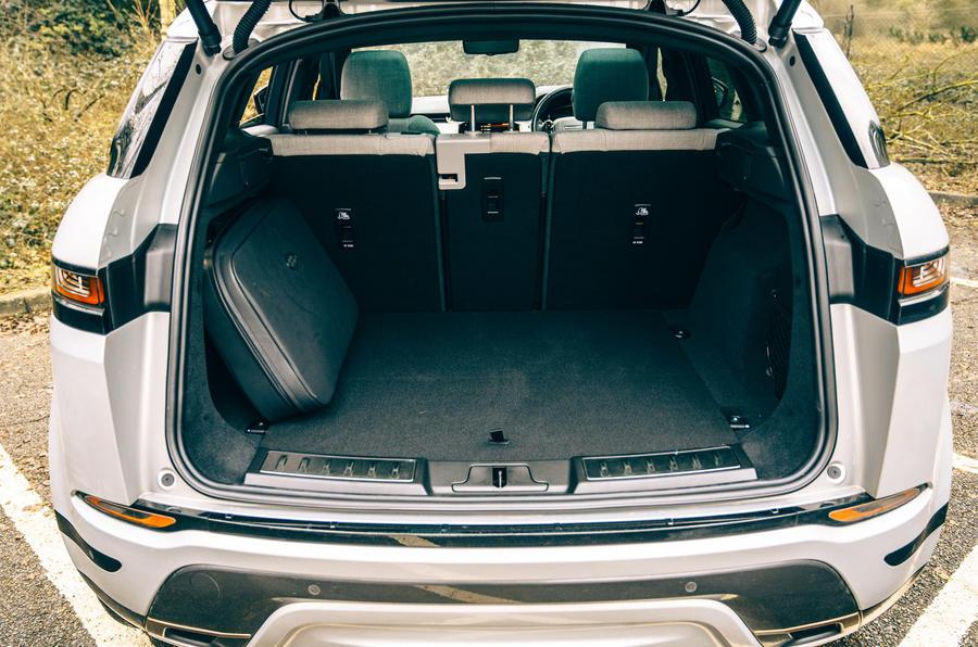 16 Land Rover Range Rover Evoque 2021 : essai routier