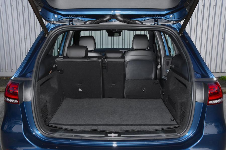 Mercedes-Benz B-Class 2019 road test review boot