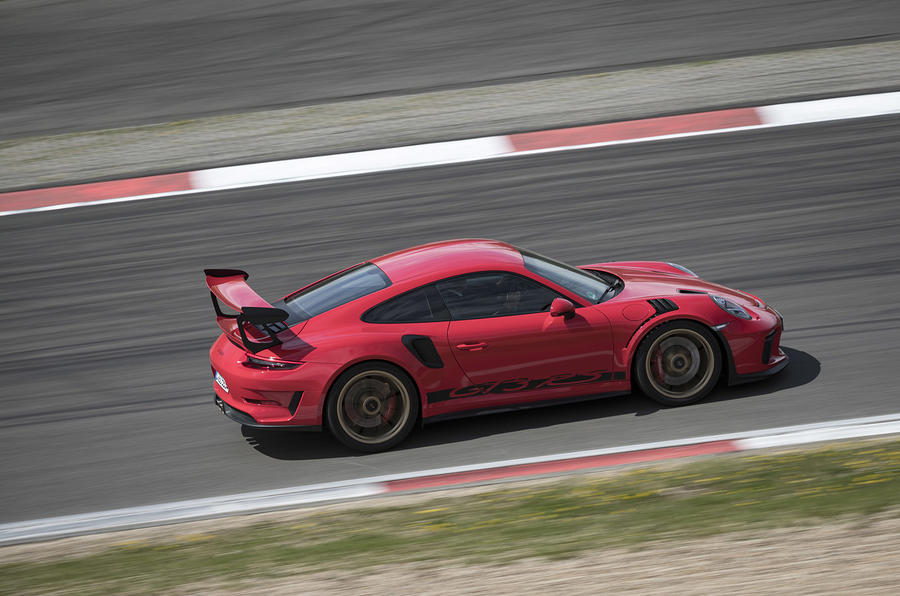 Porsche 911 GT3 RS 2018 review side
