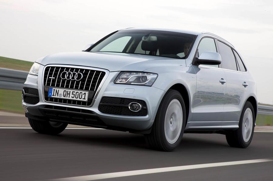 Audi Q5 Hybrid front quarter