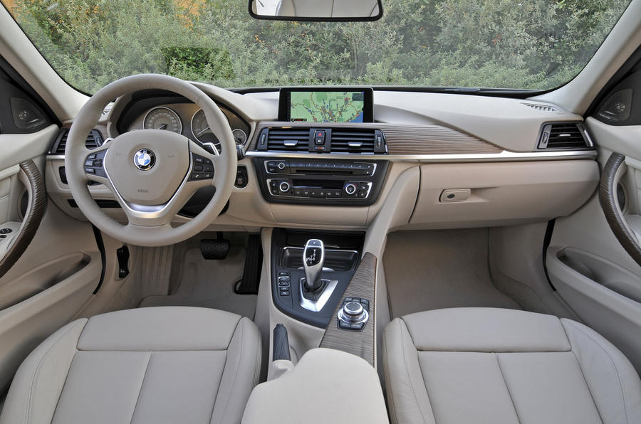 BMW 320d dashboard