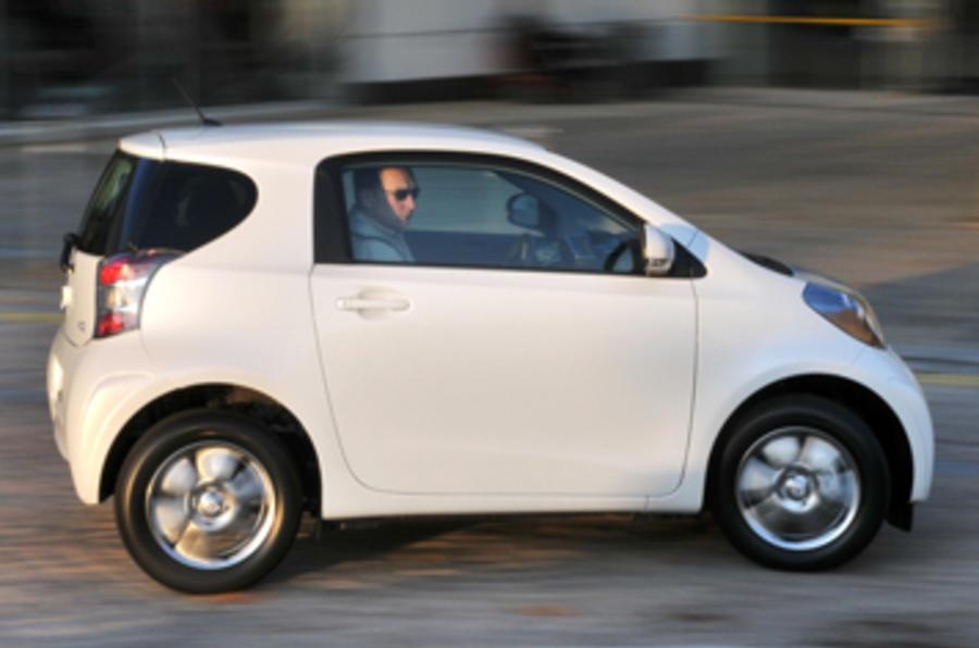 Toyota iQ 2