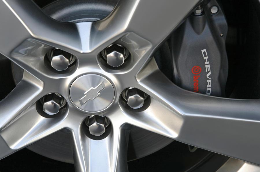 Chevrolet Camaro SS Cabriolet brake calipers