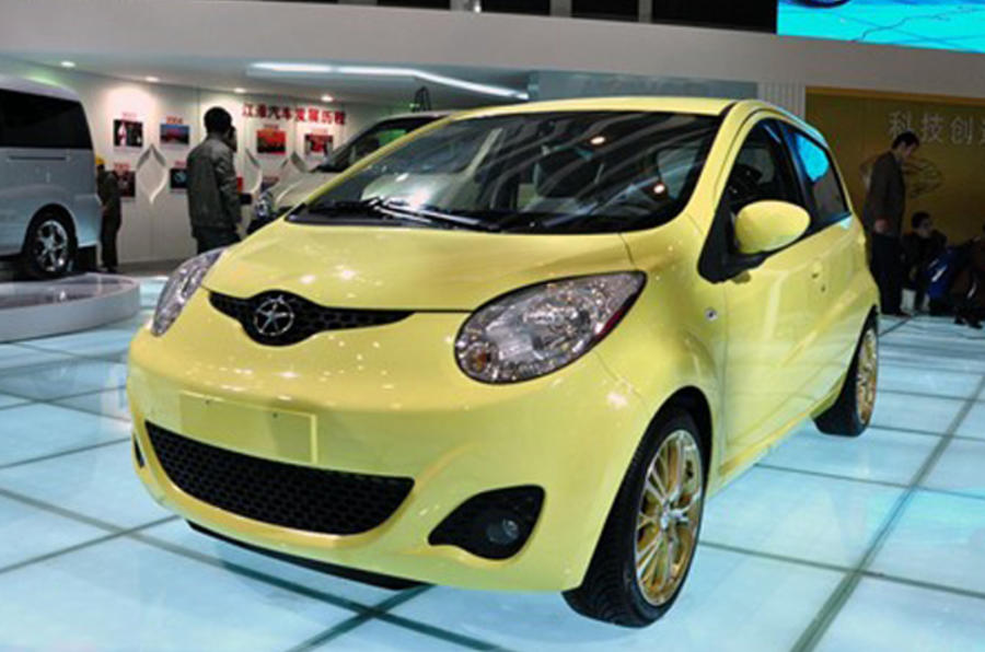 China's sub-£3k city car launched