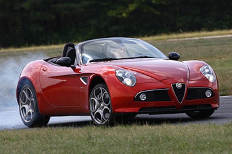 Alfa Romeo 8C Spider drifting