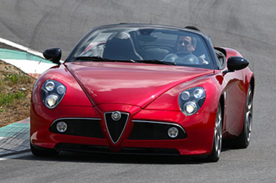 Alfa Romeo 8C Spider cornering