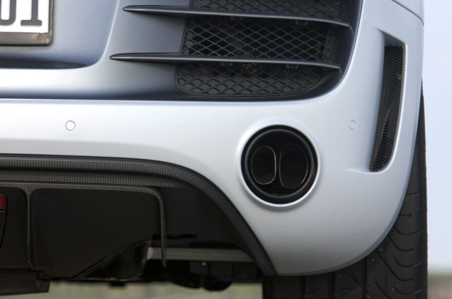 Audi R8 GT dual exhaust