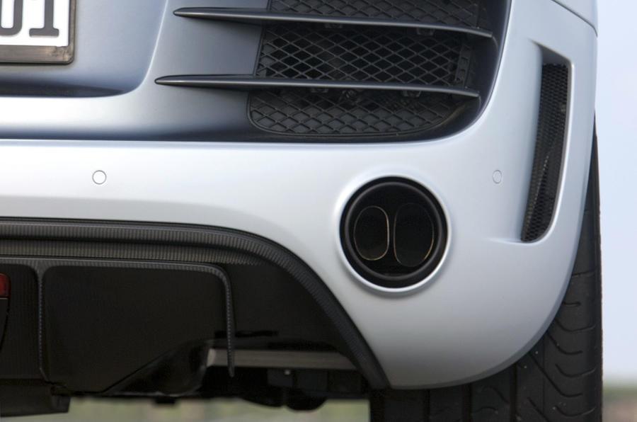 Audi R8 GT dual exhaust