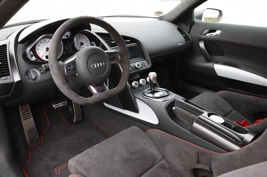 Audi R8 GT dashboard