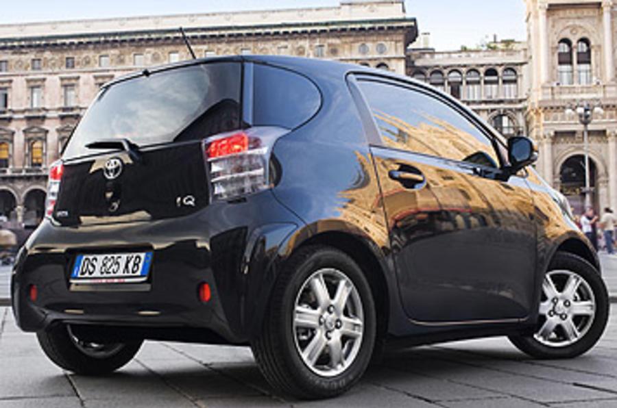 Toyota iQ rear quarter