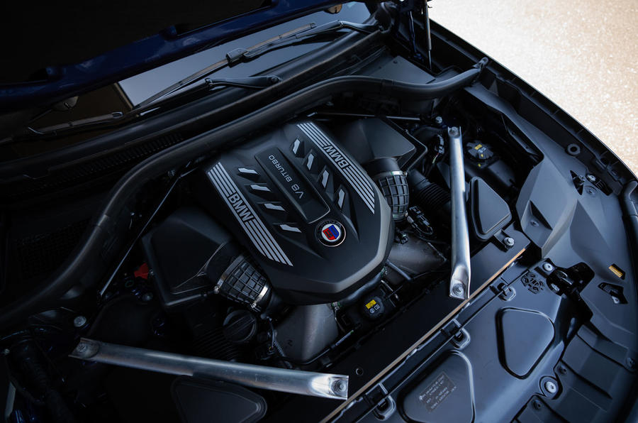 Alpina XB7 2020 road test review - engine