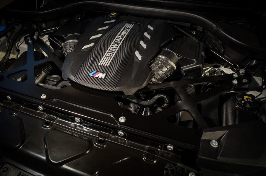 BMW X6 M Competition 2020 : examen des essais routiers - moteur