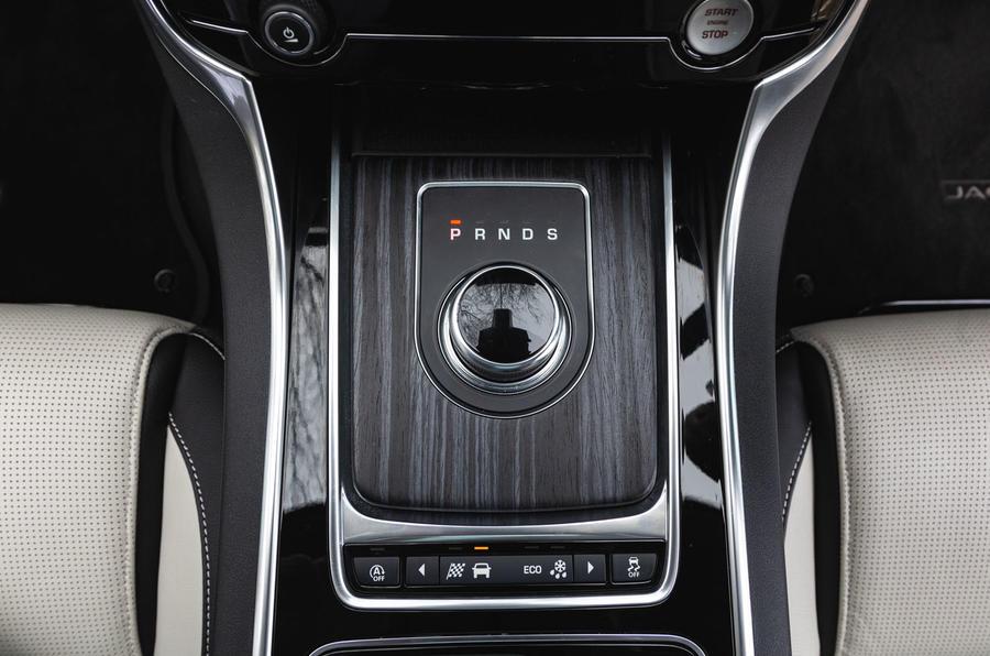 Jaguar XF Sportbrake 2019 road test review - centre console