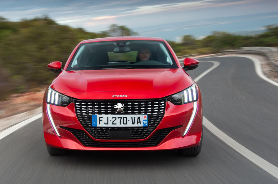 Peugeot 208 2020 road test review - on the road nose