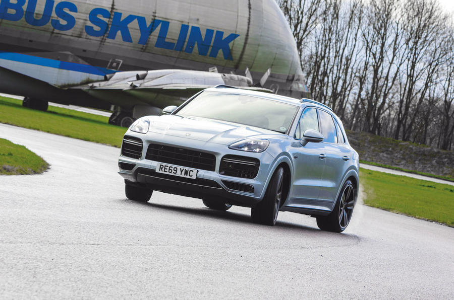 Porsche Cayenne Turbo S E-Hybrid road test review - cornering