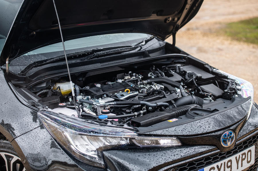 Toyota Corolla Touring Sports 2019 road test review - engine