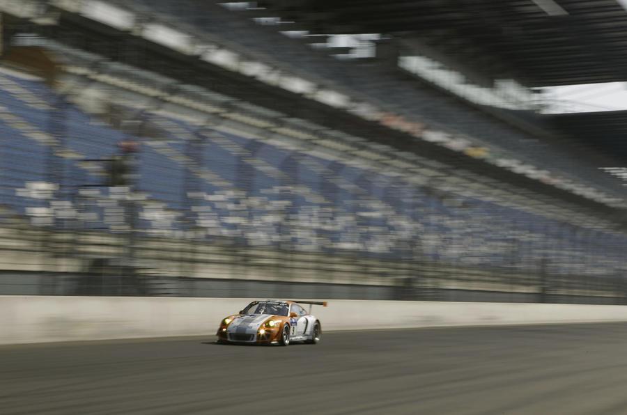 Porsche 911 GT3 R front quarter