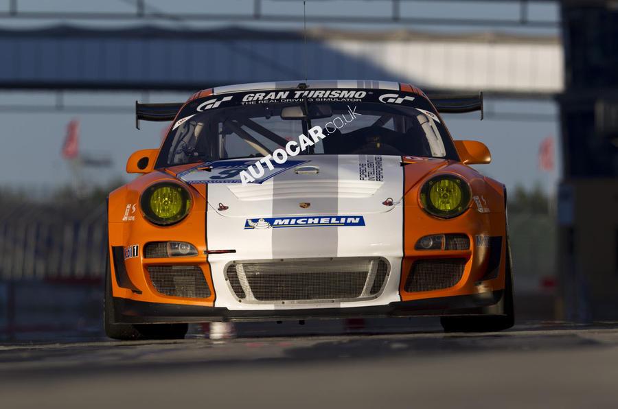 Porsche 911 GT3 R Hybrid front end
